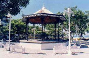 plaza.jpg
